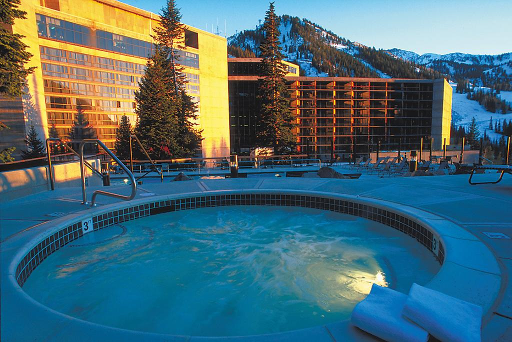 Cliff Lodge Snowbird Ski Resort