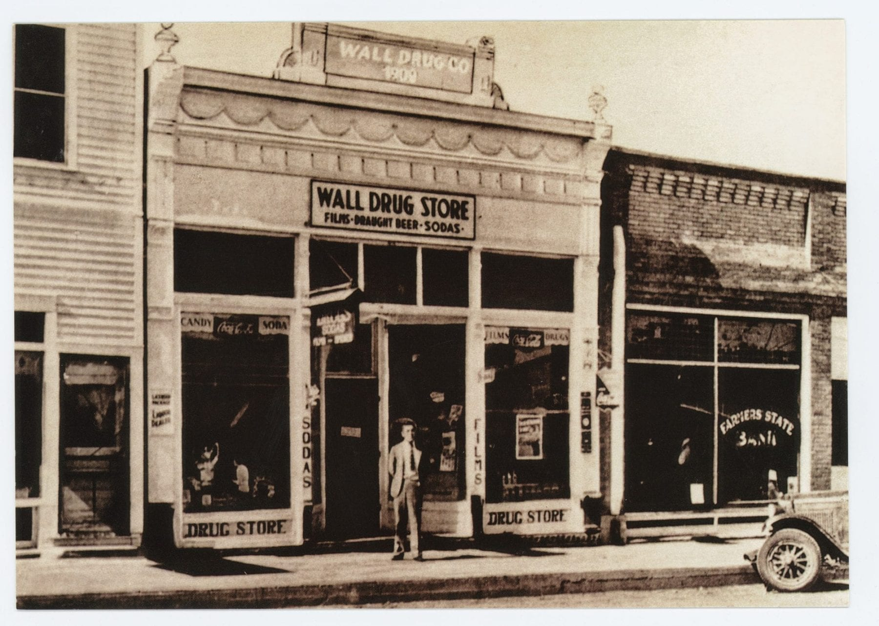 History of Wall Drug Store