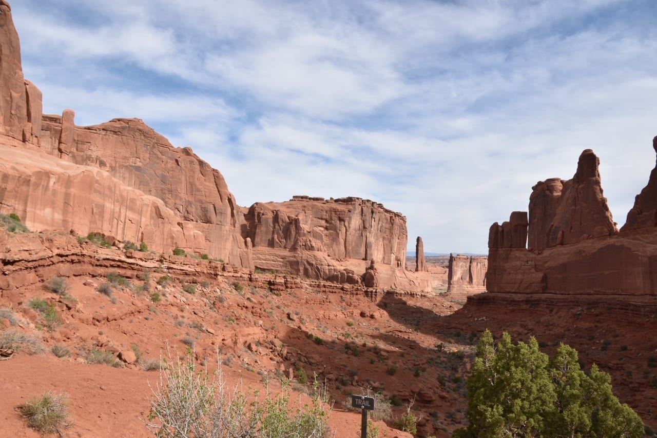 Hike at Arches National Park - Avenue Park