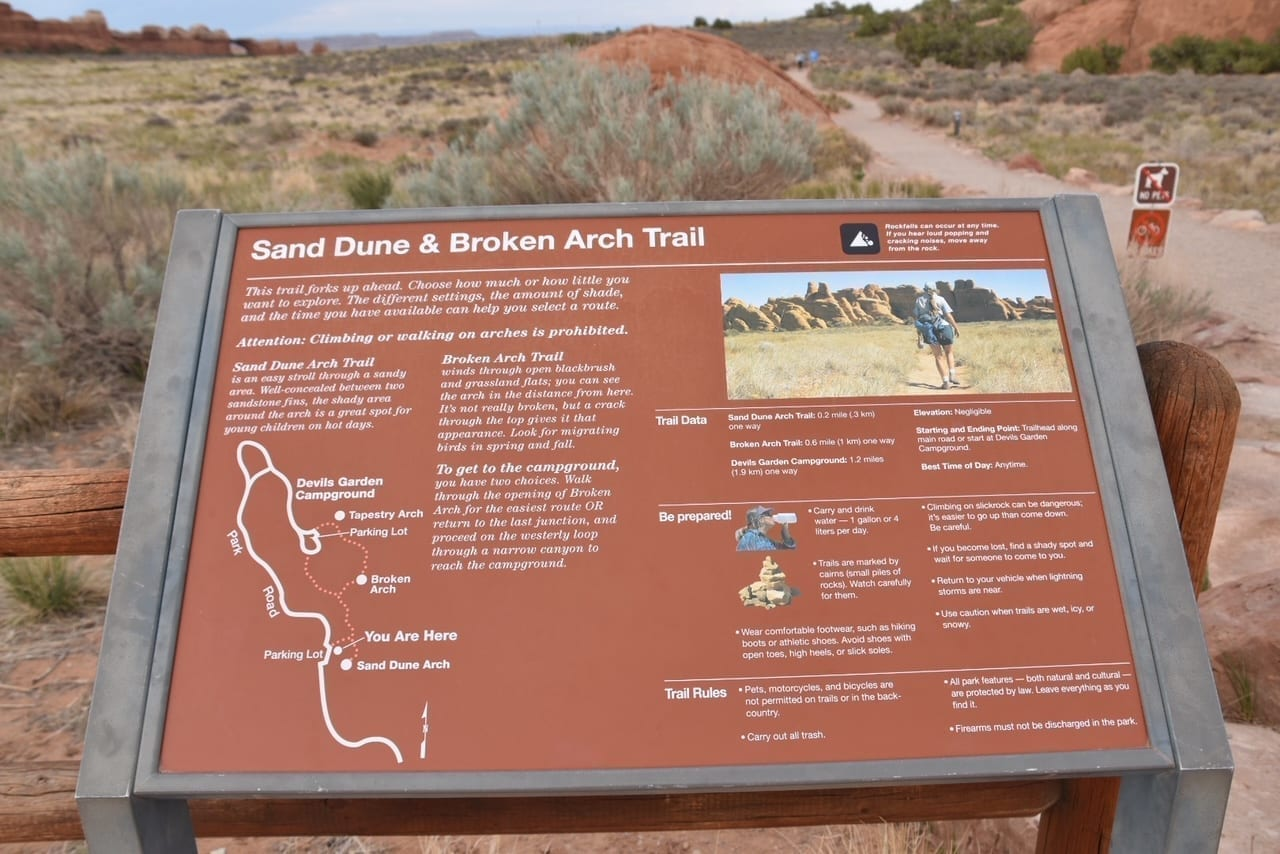 Sand Dune and Broken Arch Hike at Arches