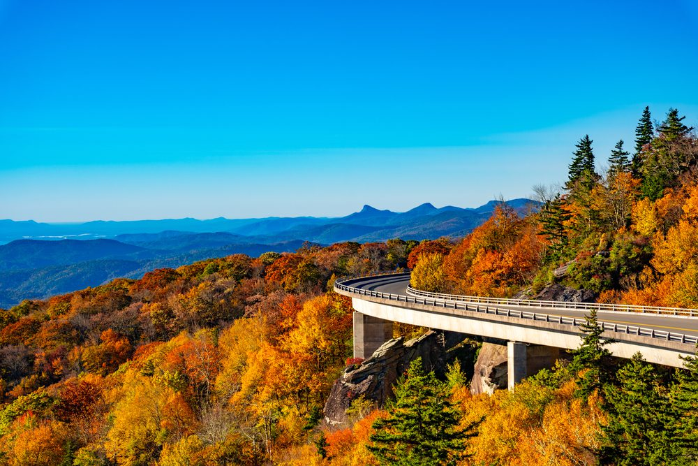 Blue Ridge Parkway best fall vacations
